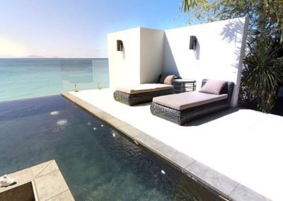 pool-chaise